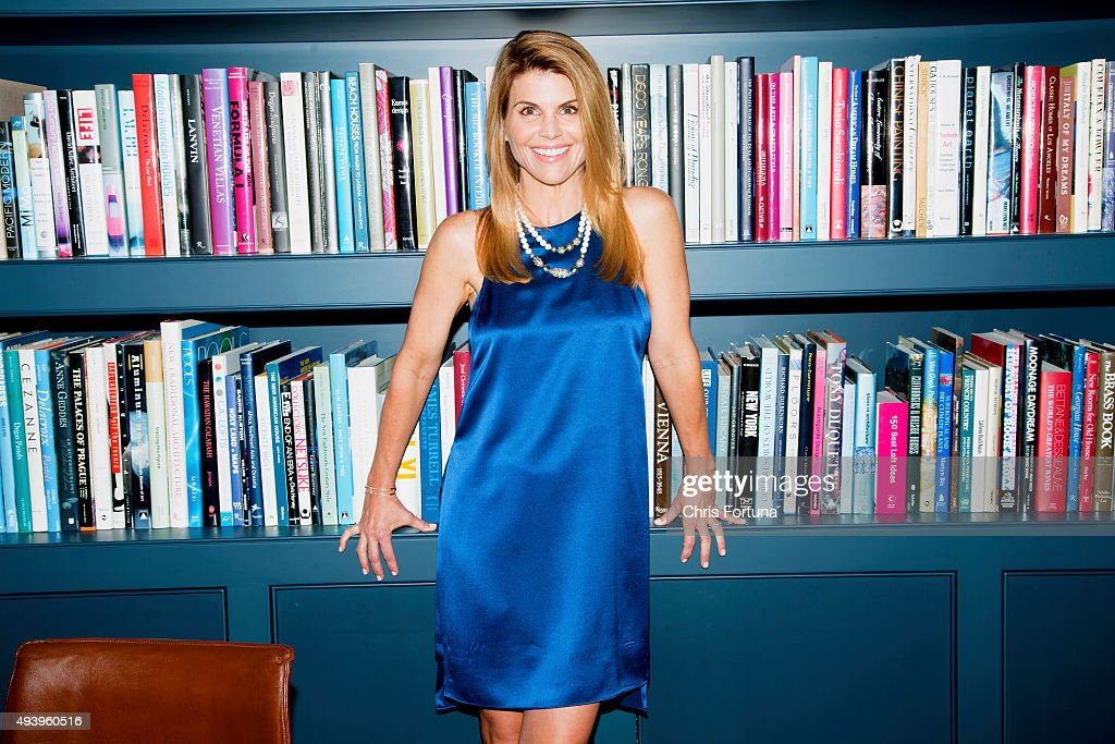 At Home with Lori Loughlin, People, June 4, 2015 : News Photo