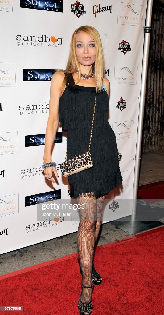 Actress Lorielle New attends the 'Unity For Peace' Benefit Concert at the House Of Blues on March 12, 2010 in Los Angeles, California.