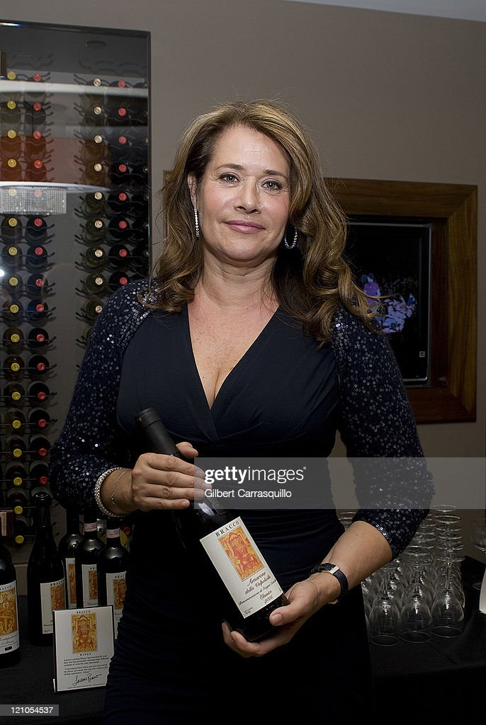 Lorraine Bracco Hosts a Wine Tasting at Chima Brazilian Steakhouse in Ph