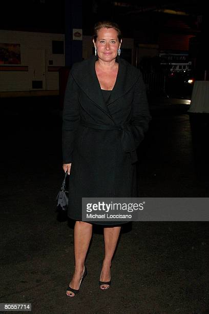 Actress Lorraine Bracco attends The Food Bank For NYC's 5th Annual CanDo Awards at Chelsea Piers' Pier Sixty in New York City on April 7th 2008