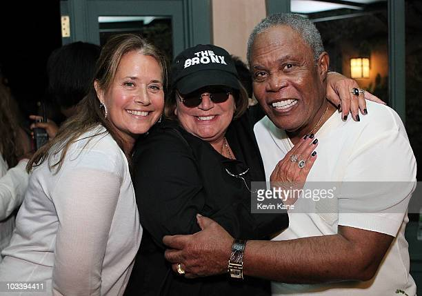 COVERAGE*** Actress Lorraine Bracco poses with Actress Penny Marshall and Singer Sam Moore during The Apollo In The Hamptons at The Creeks on August...
