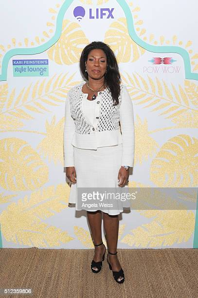 Actress Lorraine Toussaint attends Kari Feinstein's Style Lounge presented by LIFX on February 25, 2016 in Los Angeles, California.