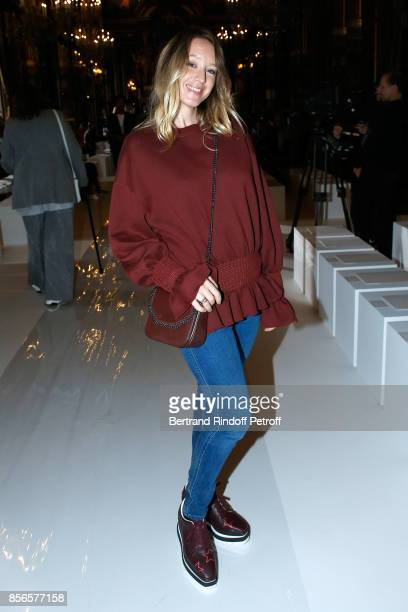 Actress Ludivine Sagnier attends the Stella McCartney show as part of the Paris Fashion Week Womenswear Spring/Summer 2018 on October 2, 2017 in...
