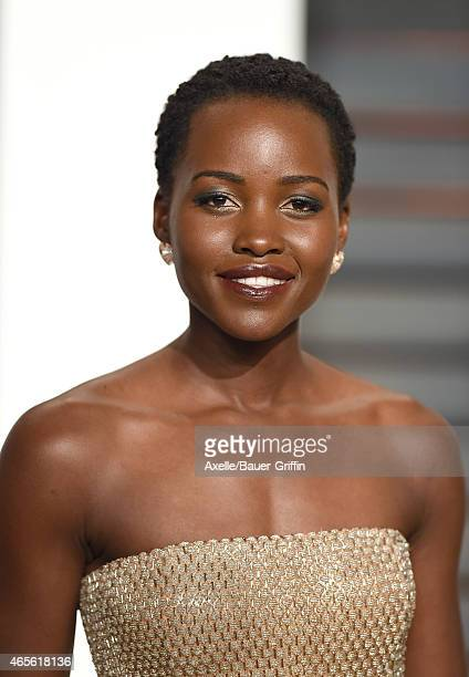 Actress Lupita Nyong'o arrives at the 2015 Vanity Fair Oscar Party Hosted By Graydon Carter at Wallis Annenberg Center for the Performing Arts on...