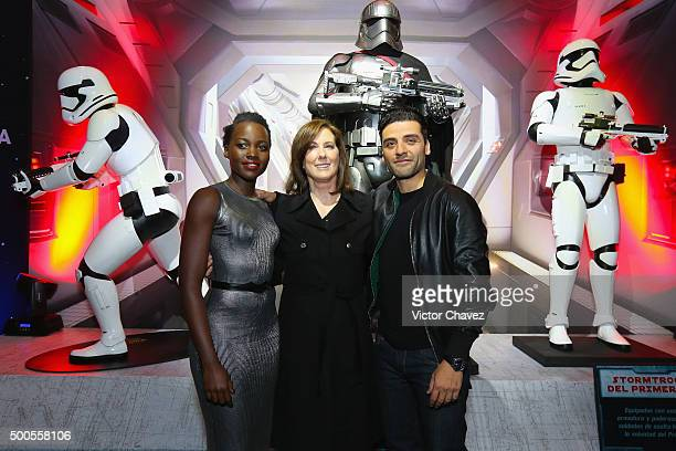 """Actress Lupita Nyong'o, film producer Kathleen Kennedy and actor Oscar Isaac attend the """"Star Wars: The Force Awakens"""" Mexico City premiere fan event..."""