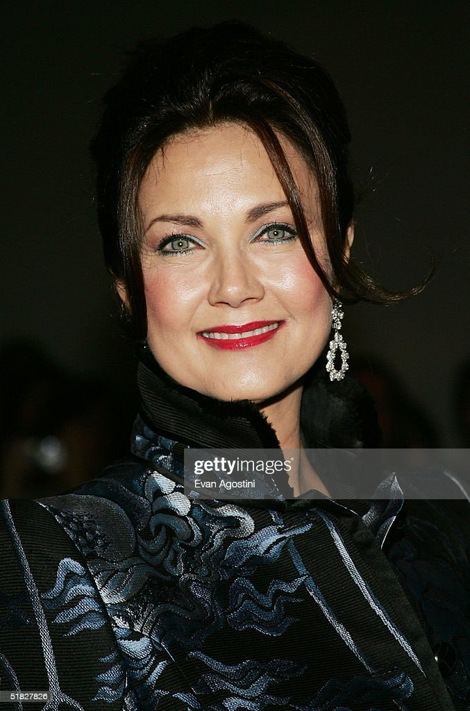 Actress Lynda Carter arrives at the 27th Annual Kennedy Center Honors Gala at The Kennedy Center for the Performing Arts December 5, 2004 in Washington, DC.
