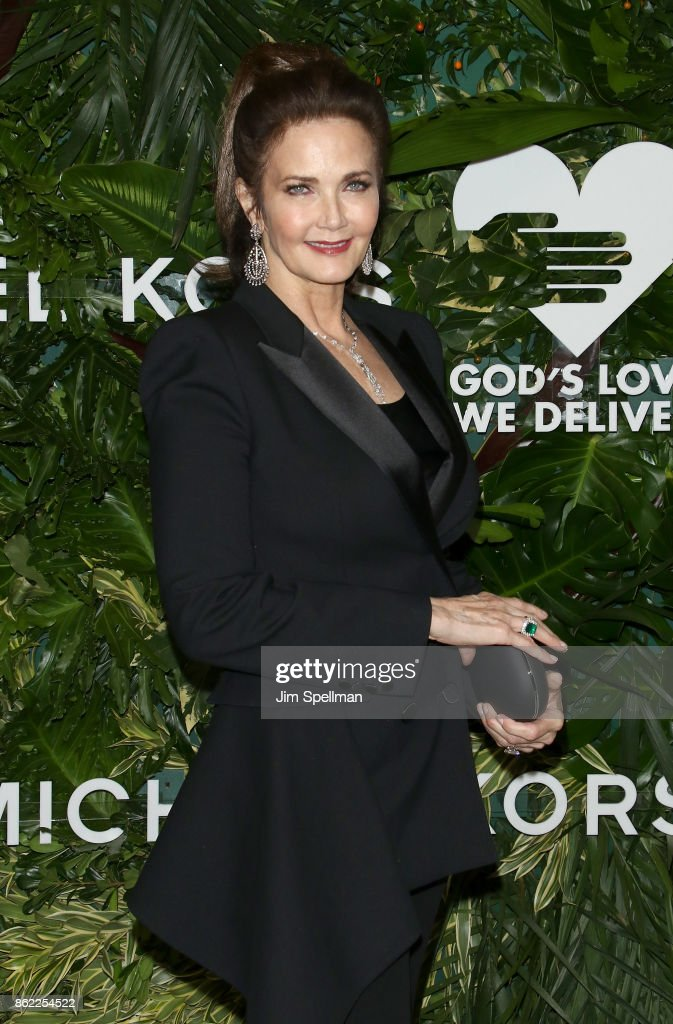 Actress Lynda Carter attends the 11th Annual God's Love We Deliver Golden Heart Awards at Spring Studios on October 16, 2017 in New York City.