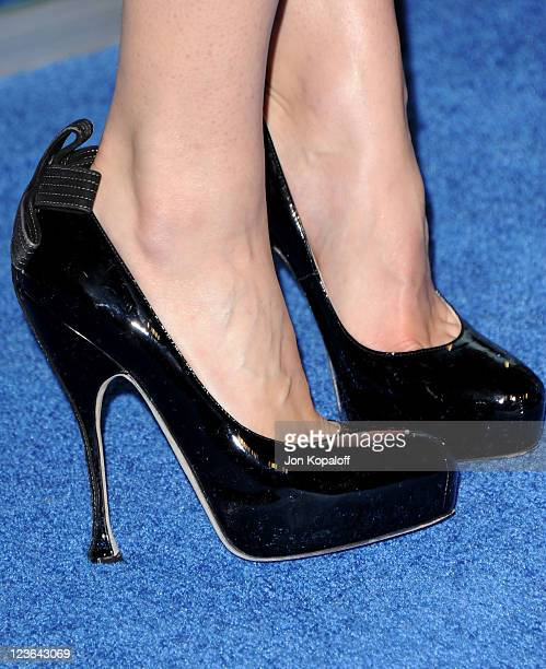 Actress Lyndsy Fonseca arrives at the 2011 People's Choice Awards at Nokia Theatre LA Live on January 5 2011 in Los Angeles California