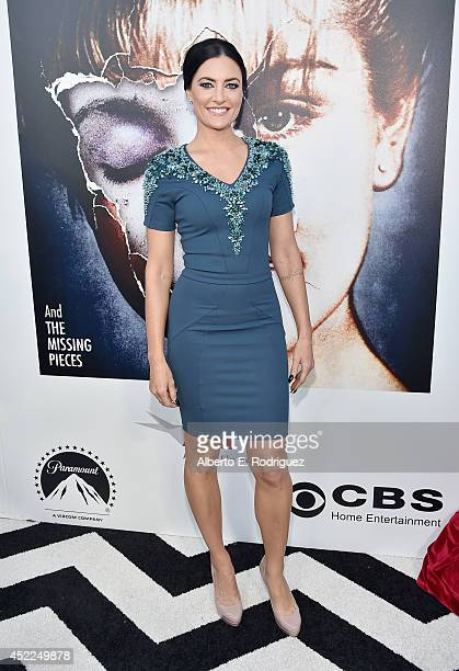 Actress Madchen Amick arrives to The American Film Institute Presents 'Twin PeaksThe Entire Mystery' BluRay/DVD Release Screening at the Vista...