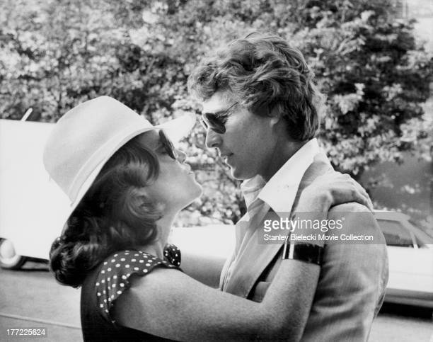 Actress Madeline Kahn with her partner actor Ryan O'Neal on the set of her movie 'At Long Last Love' 1975