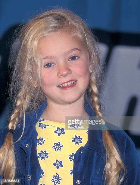 Actress Madylin Sweeten attend the 11th Annual Nickelodeon's Kids' Choice Awards on April 4 1998 at the Pauley Pavilion UCLA in Westwood California