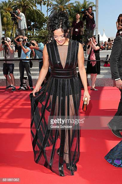 Actress Maeve Jinkings attends the 'Aquarius' premiere during the 69th annual Cannes Film Festival at the Palais des Festivals on May 17 2016 in...