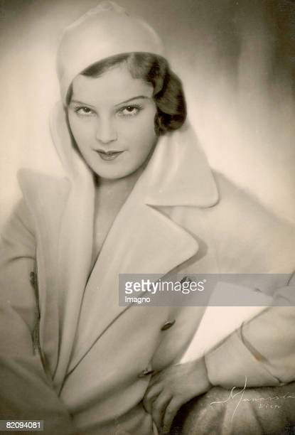 Actress Magda Schneider, mother of the famous Romy Schneider, Photograph, Around 1930 [Schauspielerin Magda Schneider, Mutter von Romy Schneider,...