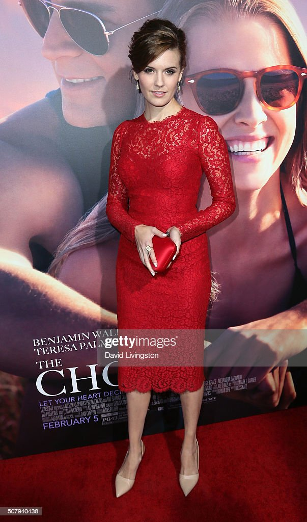 Actress Maggie Grace attends the premiere of Lionsgate's 'The Choice' at ArcLight Cinemas on February 1, 2016 in Hollywood, California.