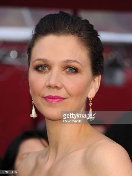 Actress Maggie Gyllenhaal arrives at the 82nd Annual Academy Awards held at the Kodak Theatre on March 7 2010 in Hollywood California