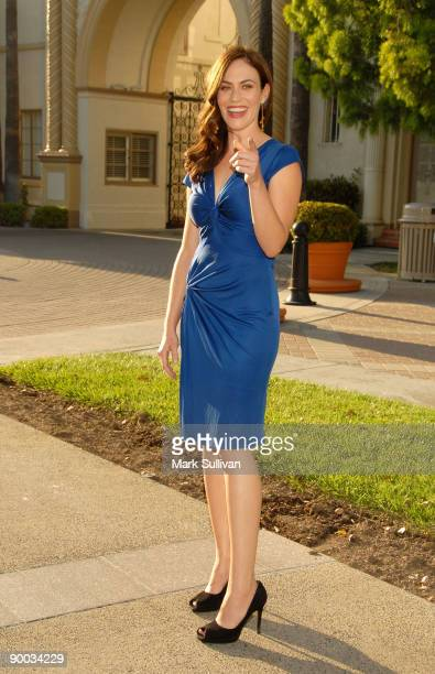 Actress Maggie Siff arrives at the season two premiere screening of Sons Of Anarchy at the Paramount Theater on the Paramount Studios lot on August...