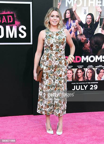 Actress Majandra Delfino attends the premiere of STX Entertainment s   Bad  Moms  at Mann 67805a747490