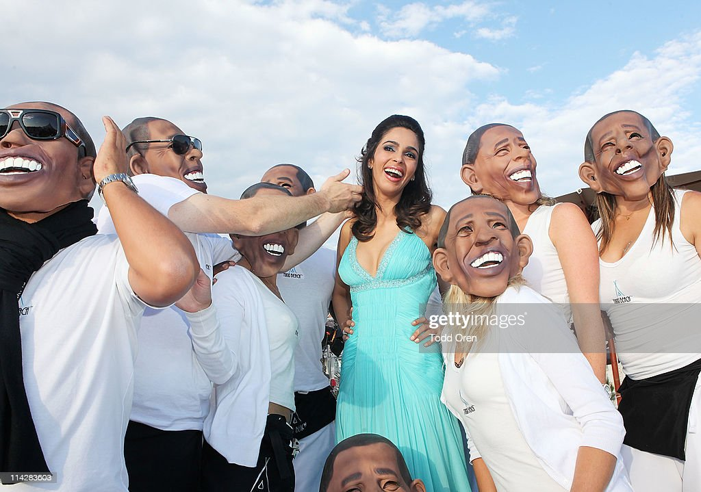 Actress Mallika Sherawat and a gaggle of Barack Obama's