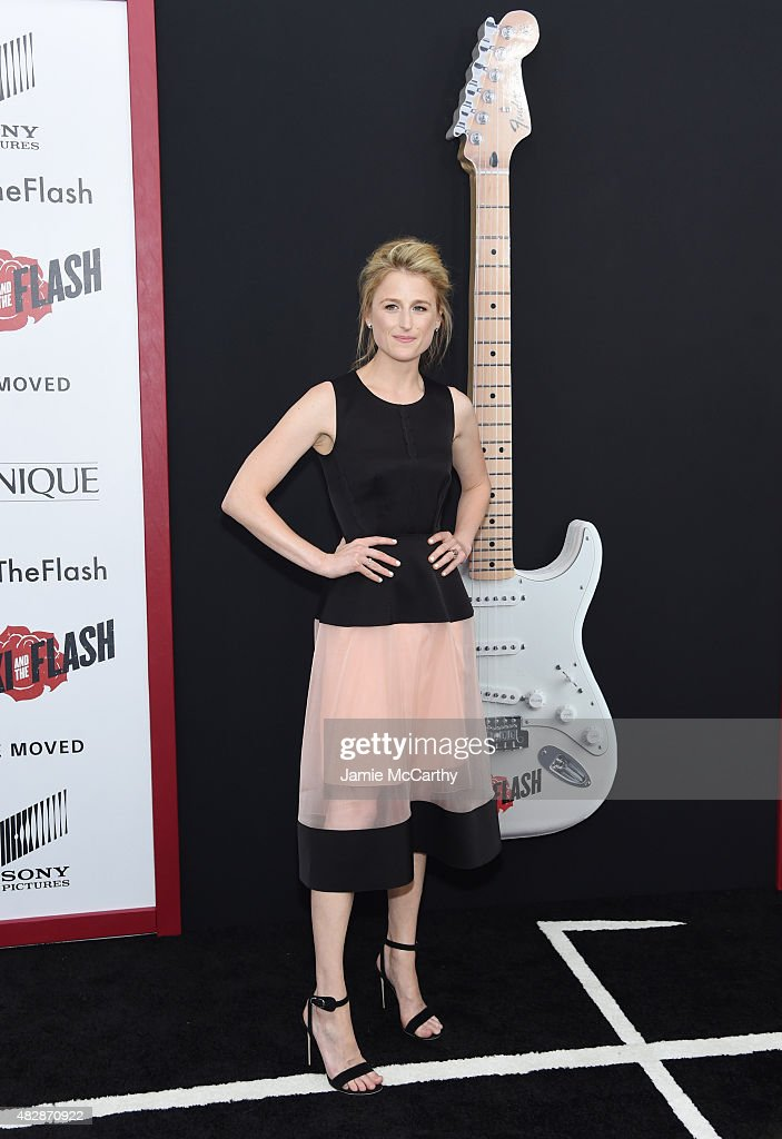 Actress Mamie Gummer attends the New York premier of 'Ricki And The Flash' at AMC Lincoln Square Theater on August 3, 2015 in New York City.