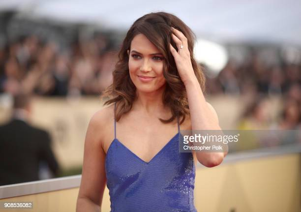 Actress Mandy Moore attends the 24th Annual Screen Actors Guild Awards at The Shrine Auditorium on January 21 2018 in Los Angeles California 27522_010