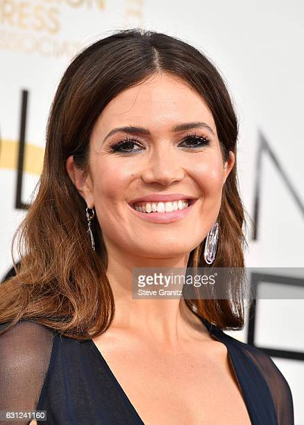 Actress Mandy Moore attends the 74th Annual Golden Globe Awards at The Beverly Hilton Hotel on January 8 2017 in Beverly Hills California