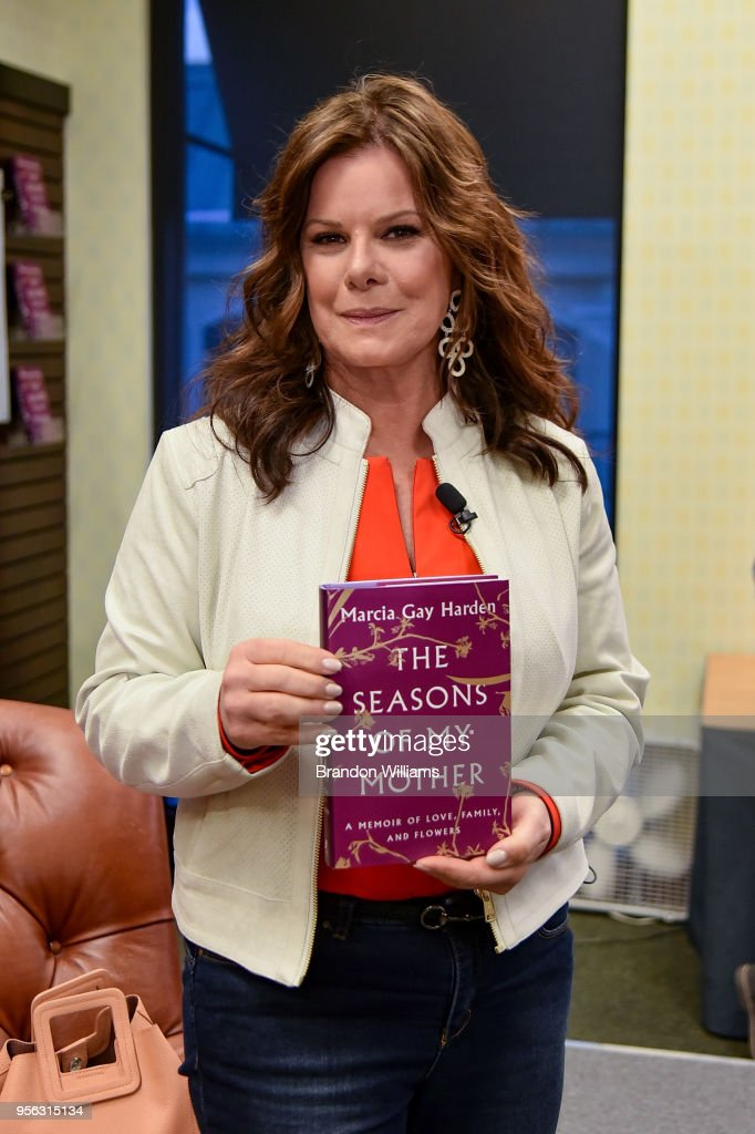 "Marcia Gay Harden Signs Copies Of Her New Book ""The Seasons of My Mother"" : News Photo"