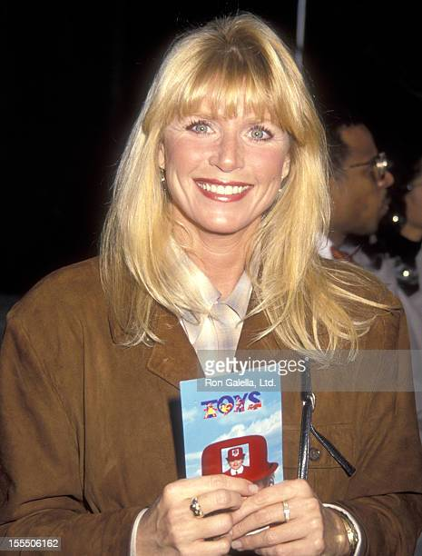 Actress Marcia Strassman attends the Toys Westwood Premiere on December 13 1992 at Avco Center Cinemas in Westwood California