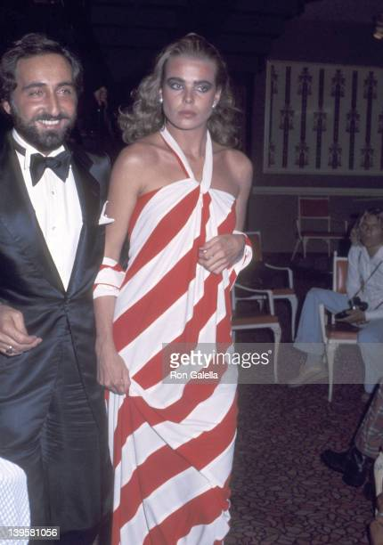 Actress Margaux Hemingway and husband Erroll Wetson attend the 48th Annual Academy Awards on March 29 1976 at Dorothy Chandler Pavilion Los Angeles...
