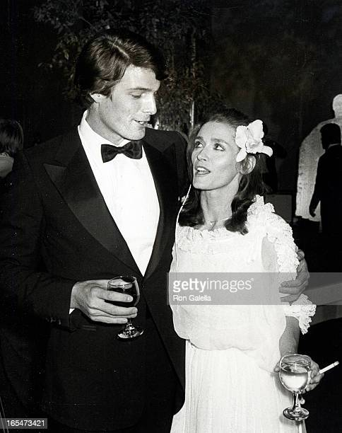 Actress Margot Kidder and actor Christopher Reeve attending the presidential premiere of 'Superman' on December 10 1978 at the JFK Center in...