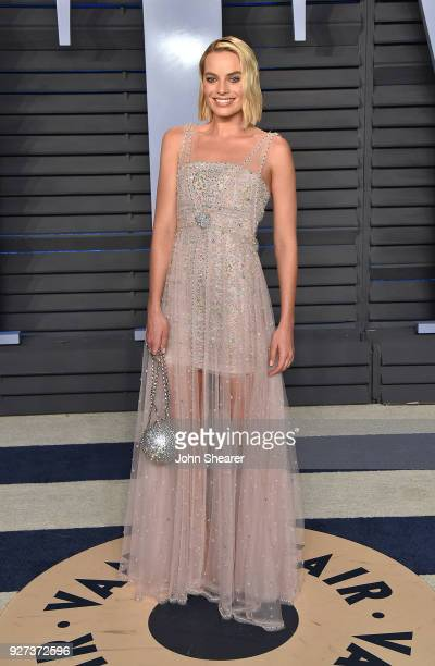 Actress Margot Robbie attends the 2018 Vanity Fair Oscar Party hosted by Radhika Jones at Wallis Annenberg Center for the Performing Arts on March 4...