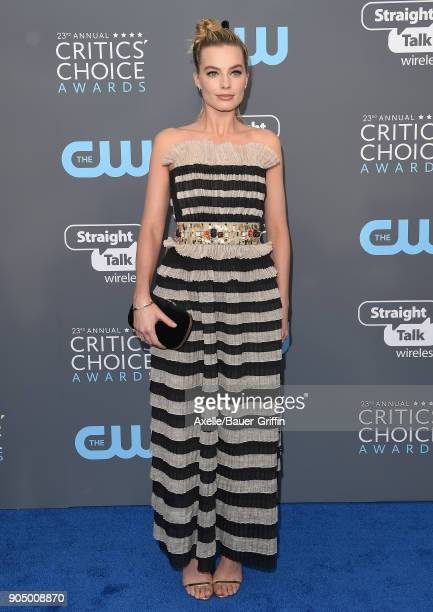 Actress Margot Robbie attends the 23rd Annual Critics' Choice Awards at Barker Hangar on January 11 2018 in Santa Monica California