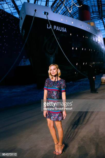 ACtress Margot Robbie attends the Chanel Cruise 2018/2019 Collection Photocall at Le Grand Palais on May 3 2018 in Paris France