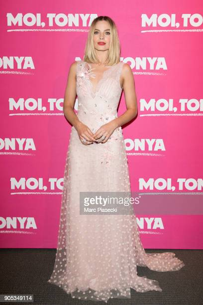 Actress Margot Robbie attends the 'I Tonya' premiere at Cinema UGC Normandie on January 15 2018 in Paris France