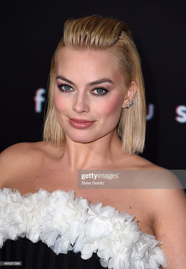 Actress Margot Robbie attends the Warner Bros. Pictures' 'Focus' premiere at TCL Chinese Theatre on February 24, 2015 in Hollywood, California.