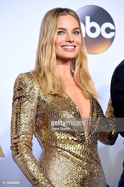 Actress Margot Robbie poses in the press room during the 88th Annual Academy Awards at Loews Hollywood Hotel on February 28 2016 in Hollywood...