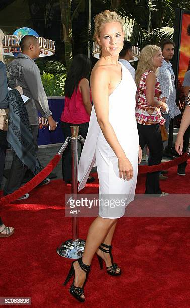 Actress Maria Bello arrives for the premiere of 'The Mummy Tomb of the Dragon Emperor' in Studio City on July 27 2008 AFP PHOTO / VALERIE MACON