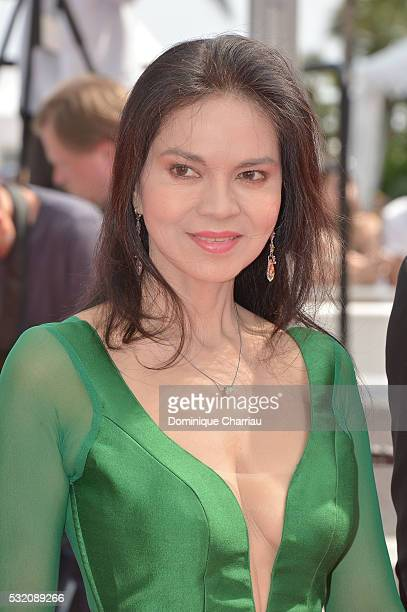 Actress Maria Isabel Lopez attends the 'Ma 'Rosa' Premiere during the 69th annual Cannes Film Festival at the Palais des Festivals on May 18 2016 in...