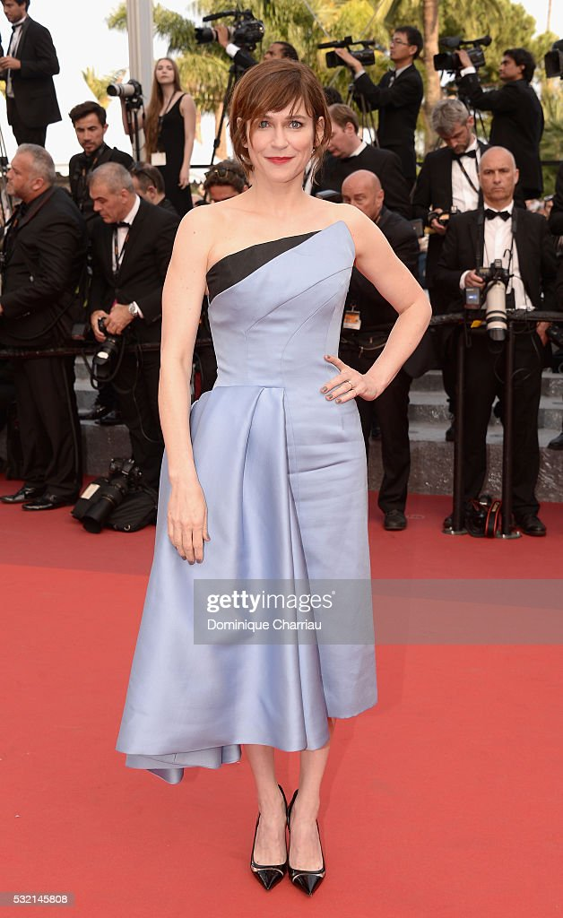 """""""The Unknown Girl (La Fille Inconnue)"""" - Red Carpet Arrivals - The 69th Annual Cannes Film Festival : News Photo"""