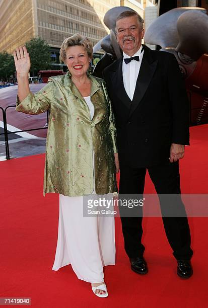 """Actress Marie-Luise Marjan and her husband Bodo Bressler arrive at the German premiere of """"Poseidon"""" July 11, 2006 at the Berlinale Palast in Berlin,..."""