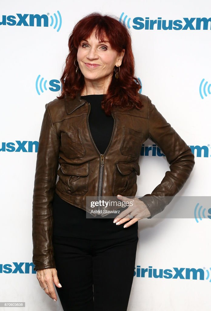 Actress Marilu Henner visits the SiriusXM Studios on November 6, 2017 in New York City.
