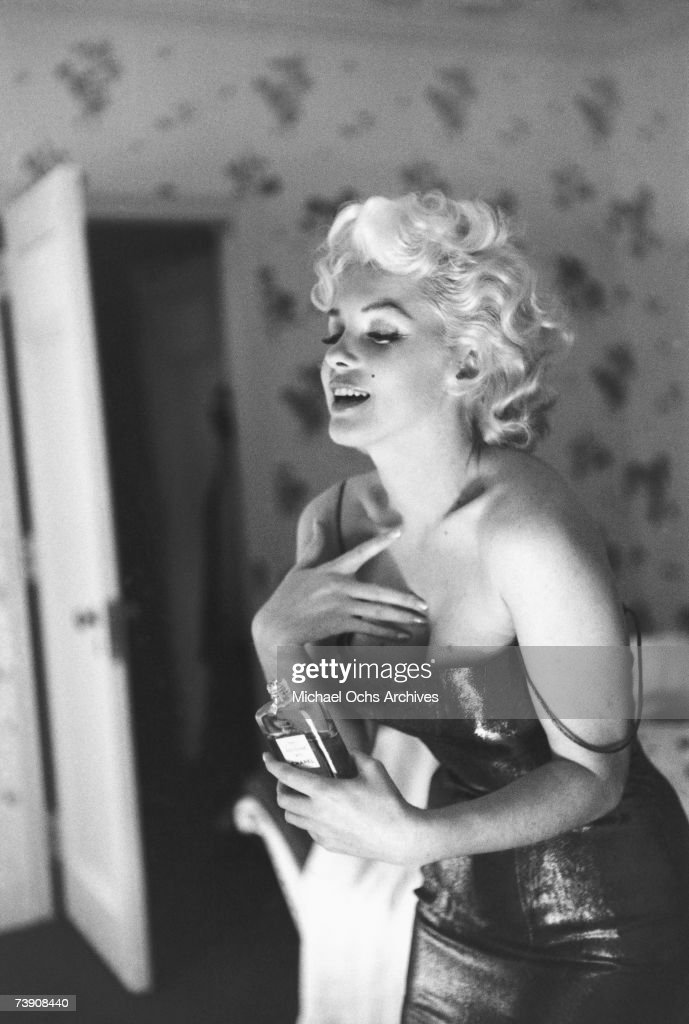 Marilyn Monroe With Chanel No. 5 : ニュース写真