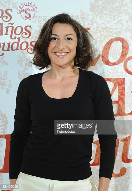 Actress Mariola Fuentes attends the 'Los Aos Desnudos' premiere at the Capitol Cinema on October 23 2008 in Madrid Spain