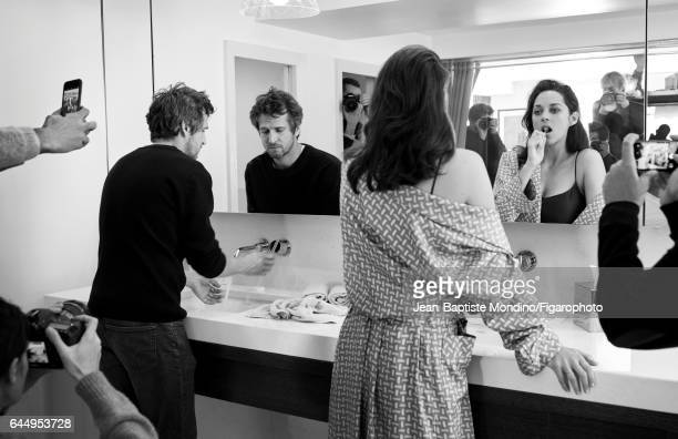Actress Marion Cotillard and actor/director Guillaume Canet are photographed for Madame Figaro on October 18 2016 in Paris France Canet Sweater jeans...