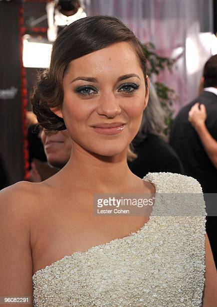 Actress Marion Cotillard arrives to the TNT/TBS broadcast of the 16th Annual Screen Actors Guild Awards held at the Shrine Auditorium on January 23...