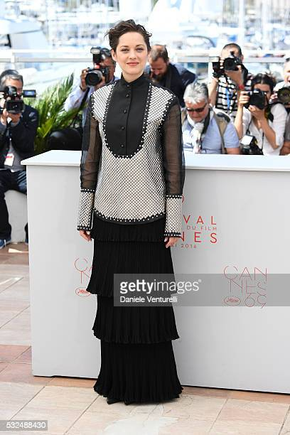 Actress Marion Cotillard attends 'It's Only The End Of The World ' during the Photocall The 69th Annual Cannes Film Festival on May 19 2016 in Cannes