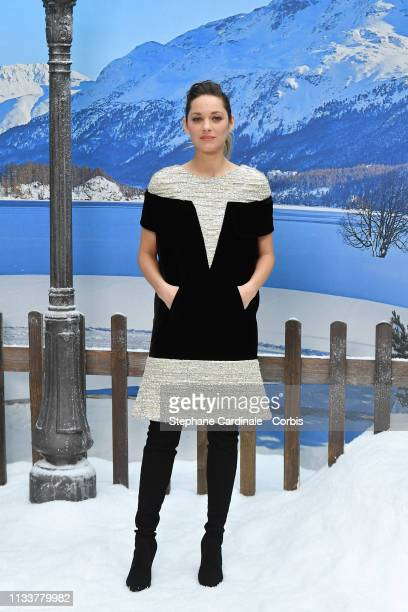 Actress Marion Cotillard attends the Chanel show as part of the Paris Fashion Week Womenswear Fall/Winter 2019/2020 on March 05, 2019 in Paris,...