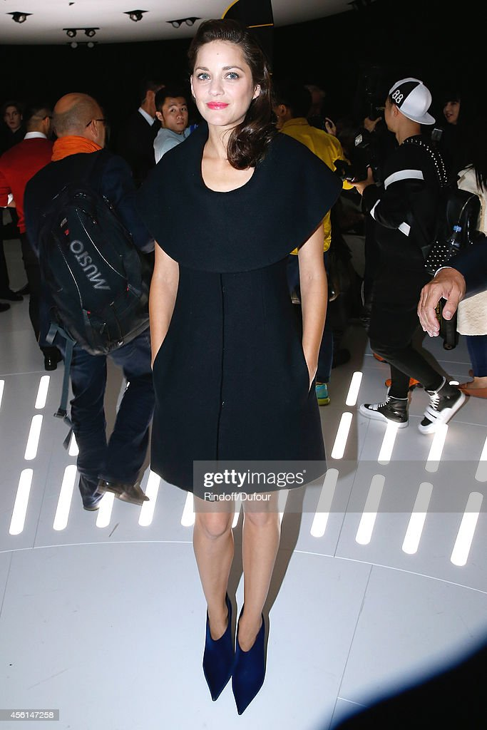 Actress Marion Cotillard attends the Christian Dior show as part of the Paris Fashion Week Womenswear Spring/Summer 2015 on September 26, 2014 in Paris, France.