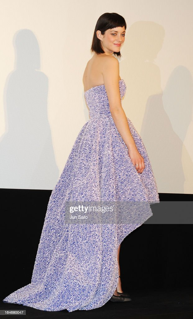 Actress Marion Cotillard attends the 'Rust And Bone ...