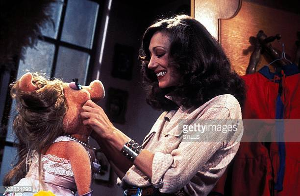 Actress Marisa Berenson with Muppet Show character Miss Piggy during filming of The Muppet Show in 1978
