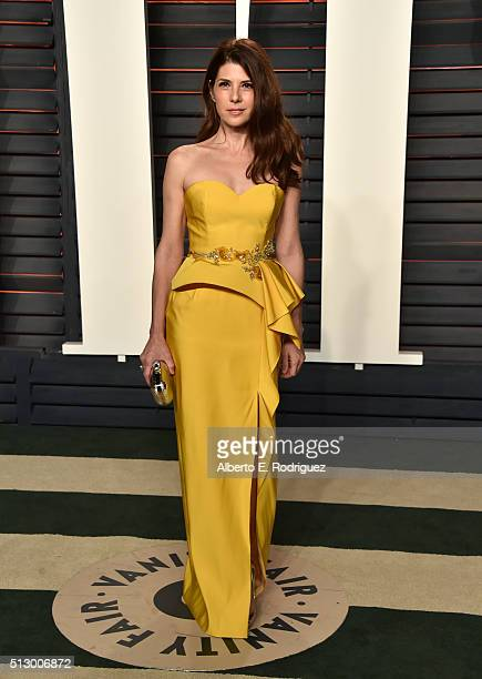 Actress Marisa Tomei attends the 2016 Vanity Fair Oscar Party hosted By Graydon Carter at Wallis Annenberg Center for the Performing Arts on February...